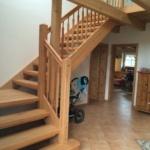 Holztreppe offen holz mit holzgeländer (11)