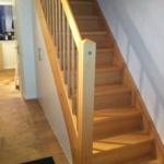 Holztreppe und Holzgeländer geschlossene Stufen Tischlerei Mohr Treppenbau Maßanfertigung(3)