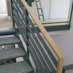 Metallgeländer Treppe mit Holzhandlauf Tischlerei Rendsburg-Büdelsdorf grau,