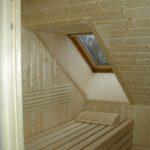 Sauna Dachschräge mit Dachfenster (3)