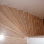 Treppe holz geschlossene Stufen Tischlerei Mohr Büdelsdorf-Rendsburg (6)