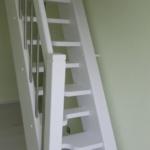 Treppe steil aussparungen versetzte Stufen weiß Tischler Mohr Rendsburg-Büdelsdorf (3)